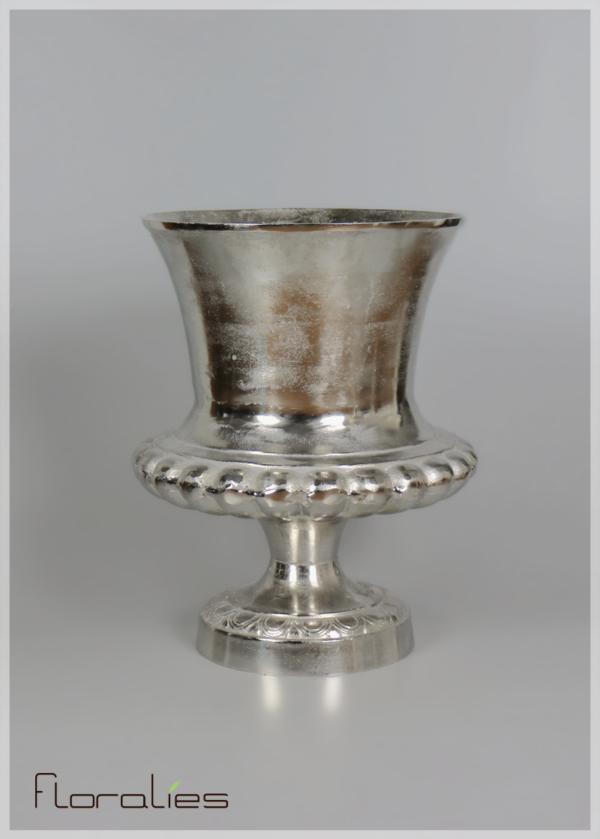 Vase décoratif en argent