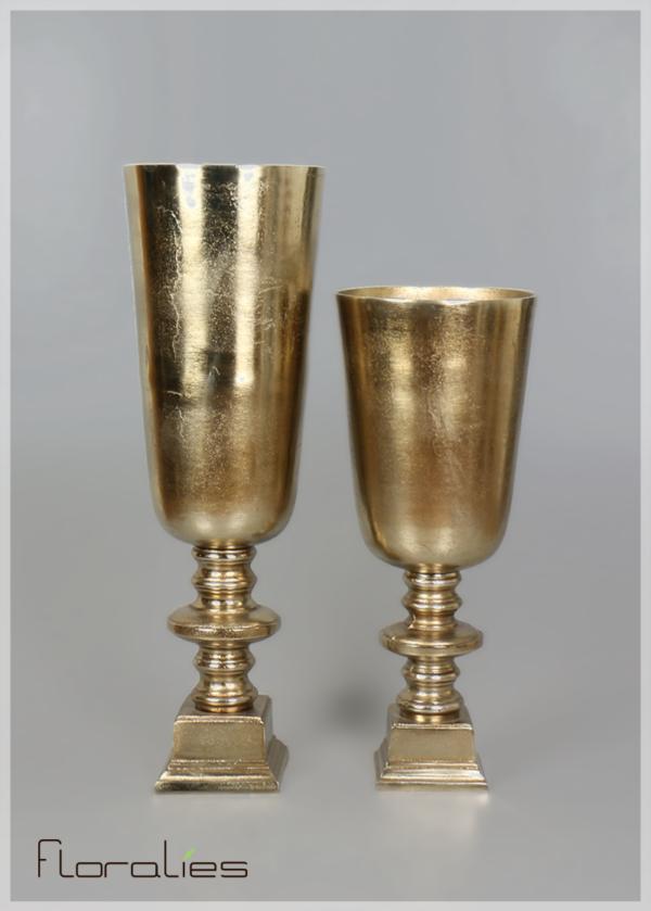Vase flûte doré