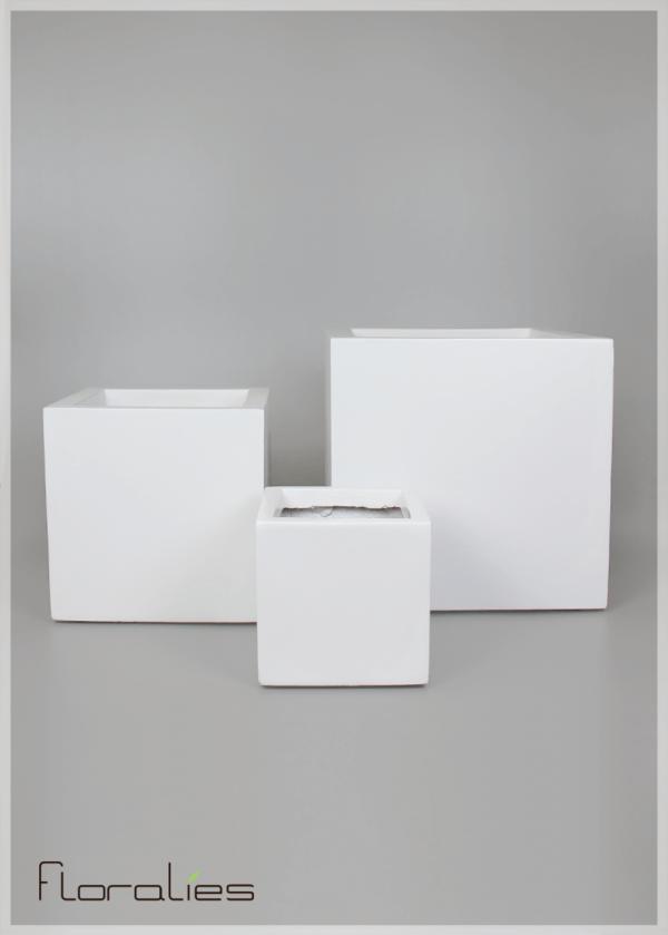 Pot carré blanc décoratif
